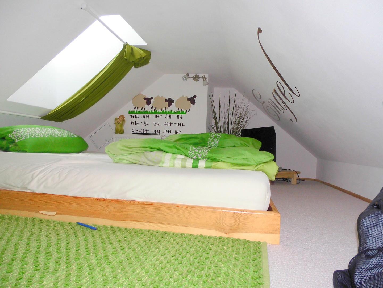 haus kaufen luckenwalde neuwertiges siedlungshaus mit einliegerwohnung bei. Black Bedroom Furniture Sets. Home Design Ideas